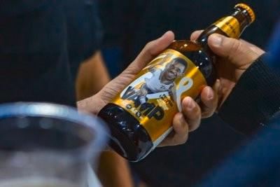 Vampeta lança própria cerveja