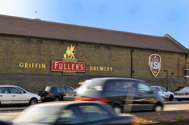 Fuller vende negócios de cerveja e distribuição para Asahi por 250 milhões de libras