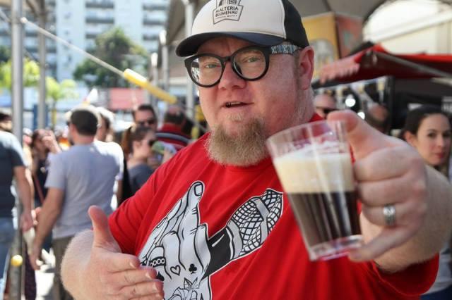 Sady Homrich no Festival da Cerveja POA