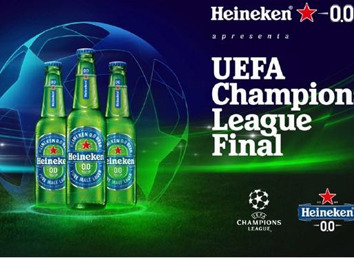 """Heineken coloca torcedores em campo para celebrar a """"UEFA Champions League Final"""""""