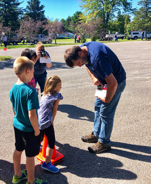 Rich showing some young fans how filmmaking works