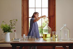 sadie-perfume-pouring (2).jpg