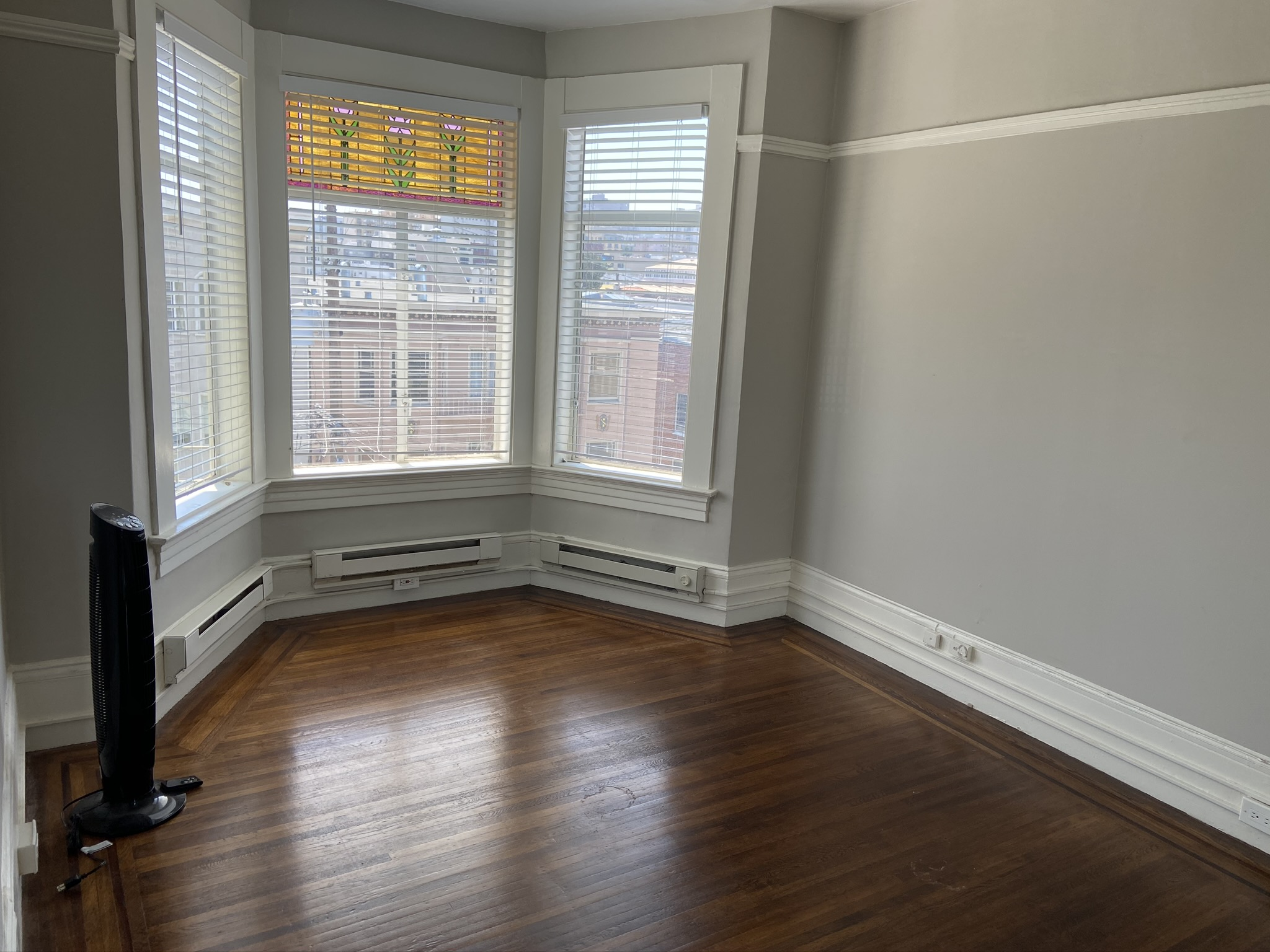 1360.11 Bedroom Windows
