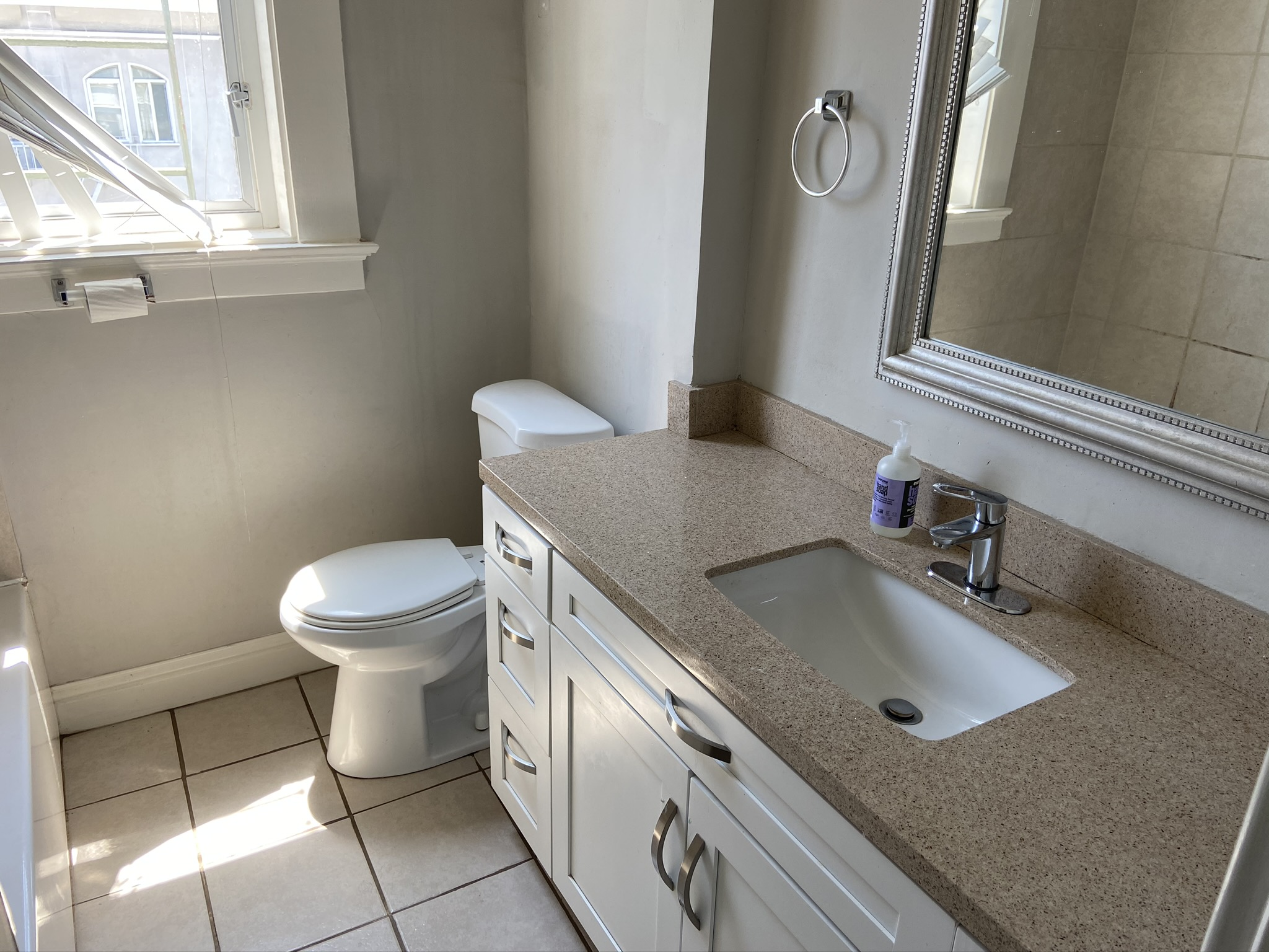 1360.11 Bathroom 2