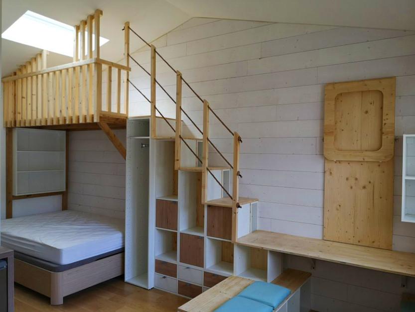 Création d'une mezzanine et de rangements sous l'escalier