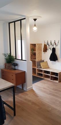 Réalisation d'un sas avec un meuble baie atelier pour délimiter le salon