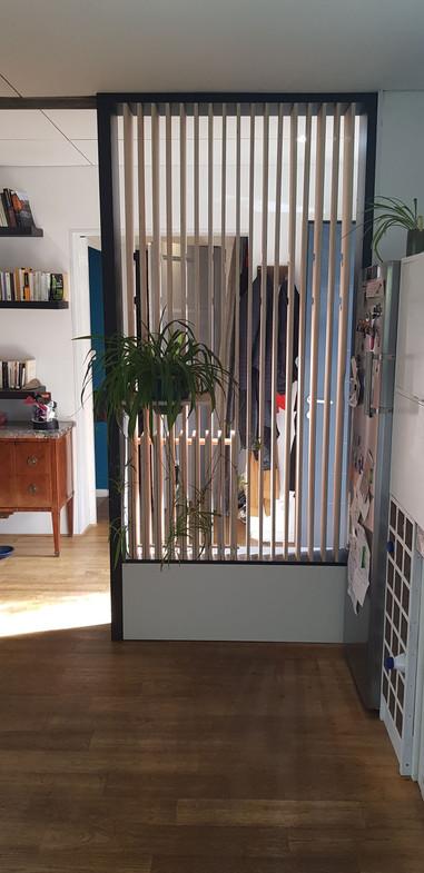 meuble-multifonctions-separation-salon-e
