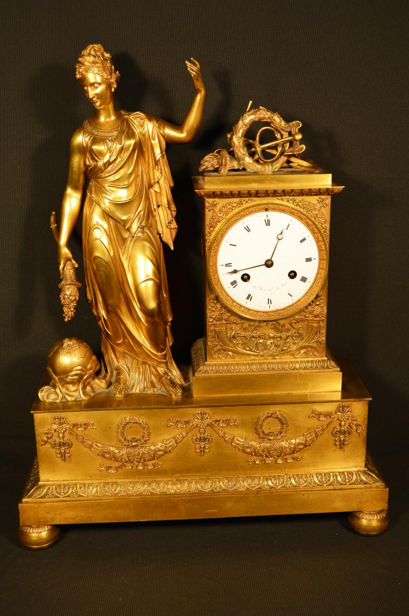 Pendule En Bronze d'époque Empire