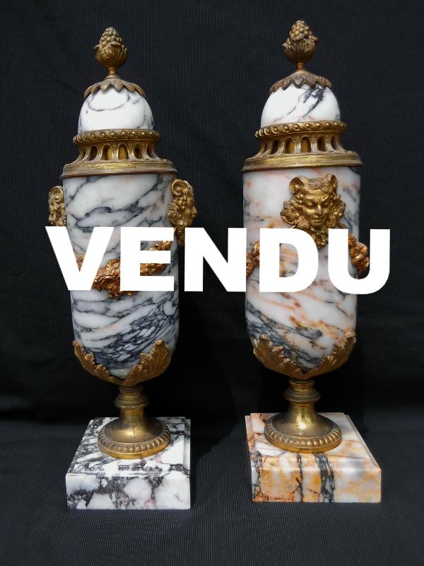 Paire de Cassolettes marbre bronze