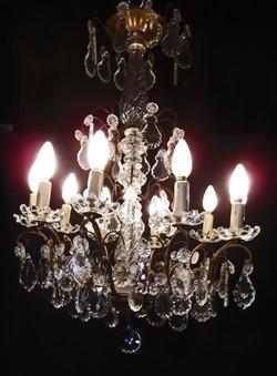 Très joli lustre à pampilles c. 1900