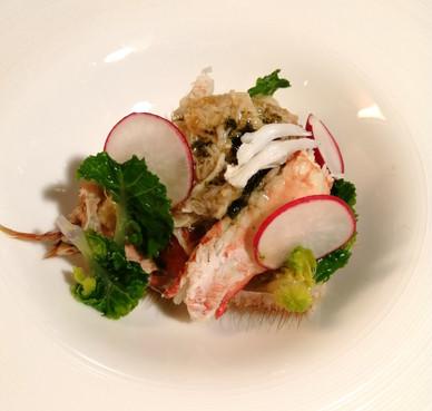 地物の毛蟹のサラダ