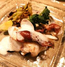 白身魚のポワレ 富山県産ホタルイカとあさり添え