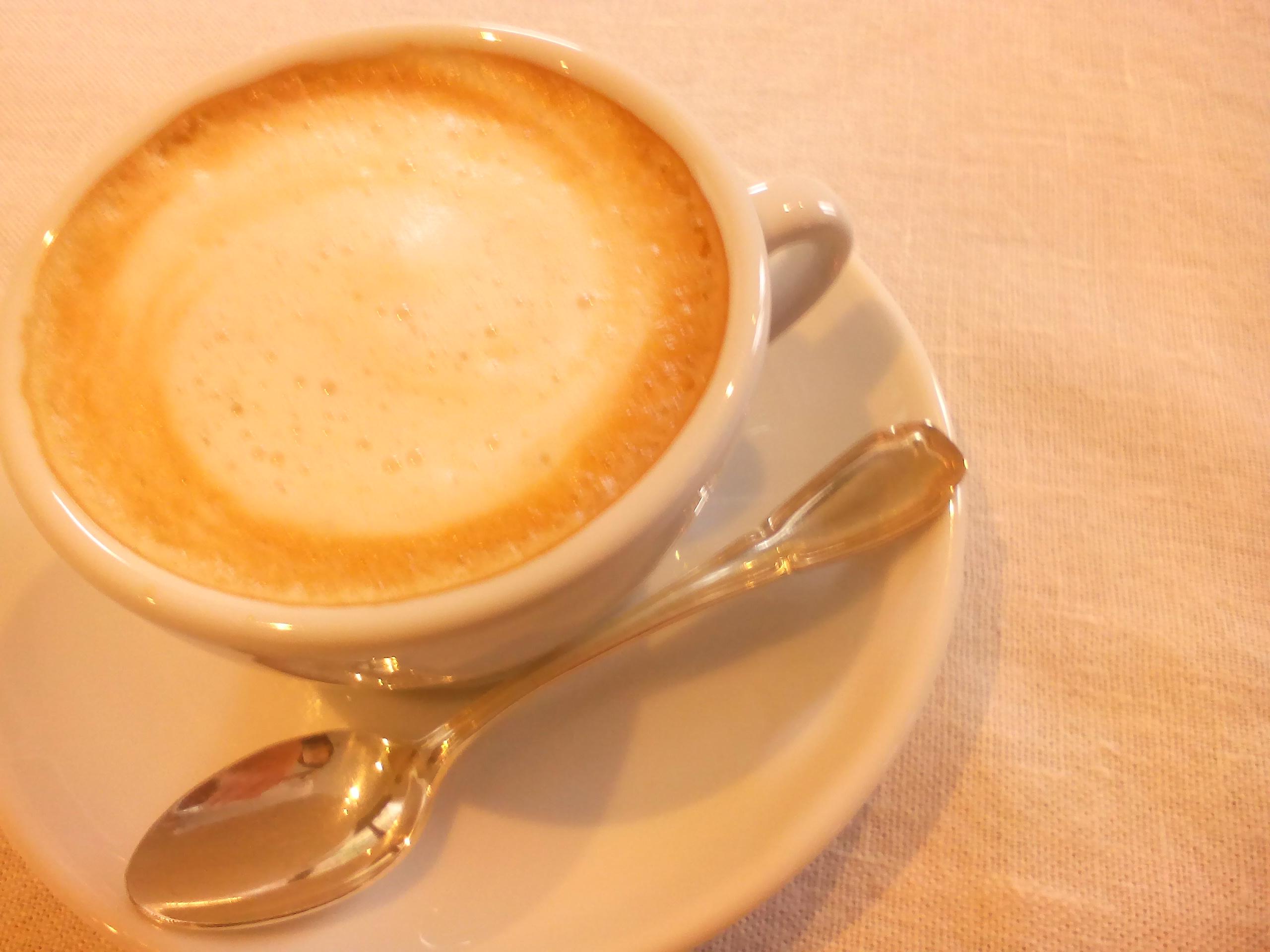 食後のお飲み物(一例 カフェオレ)