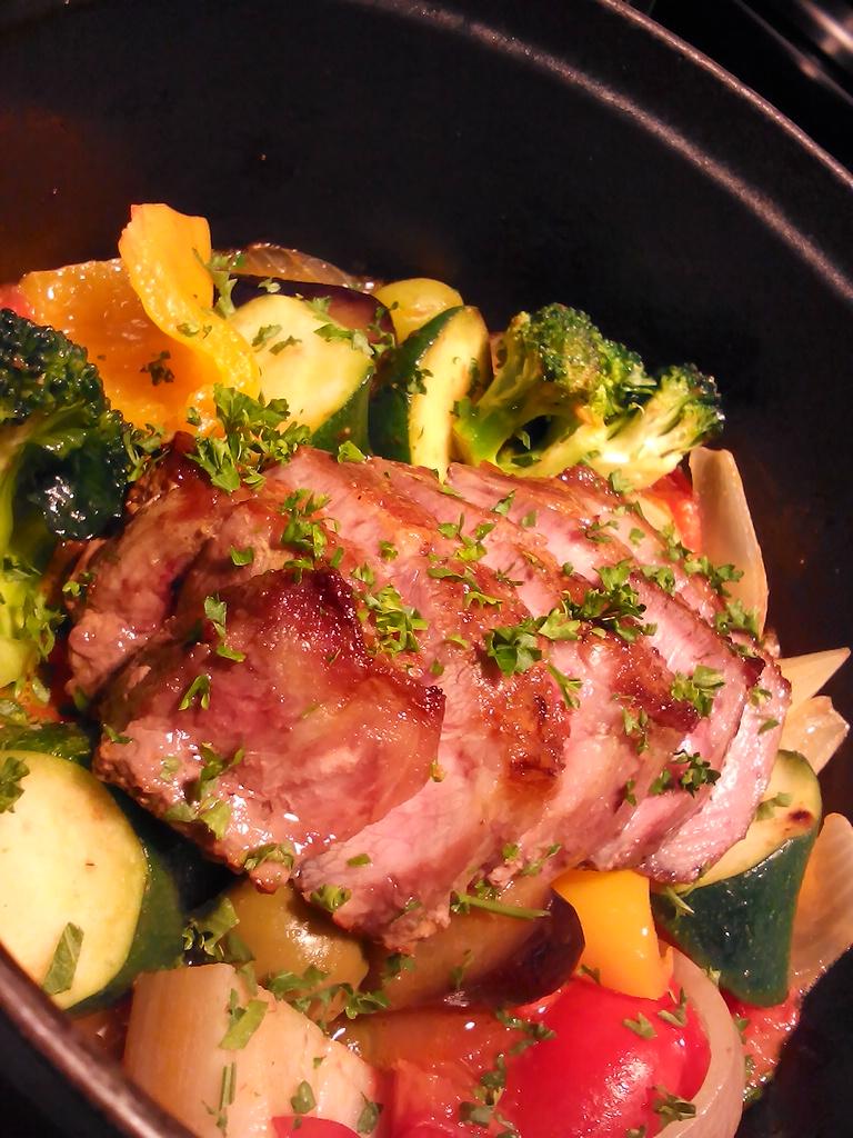 豚肉と野菜のココット プロヴァンス風