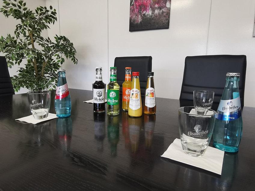 Büro Getränke.jpg