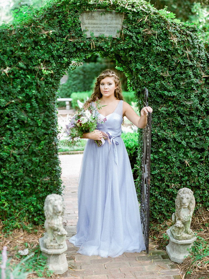 Secret Garden Styled Shoot by At Last Florals || Courtney Woodham Photography || Lavender Wedding In