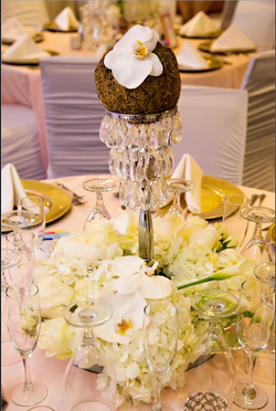 Toni + Craig | Jeweled Centerpiece