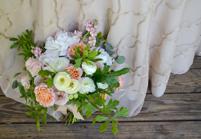 Sydney + Bradley | Tallahassee Wedding Flowers by At Last Florals | The Retreat at Bradley's Pon