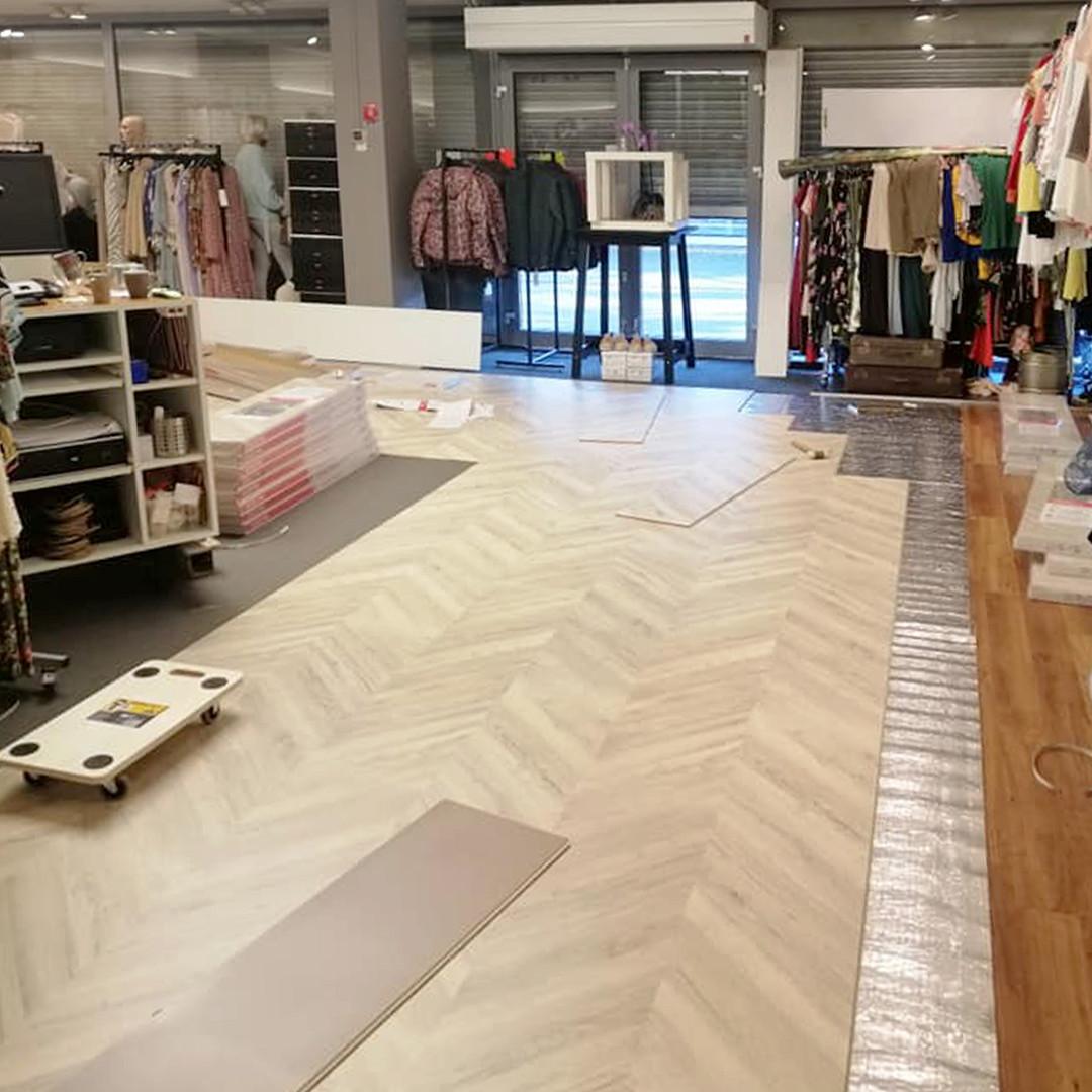clothing store_2.jpg