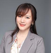 Renee Li 商务头像照 方形.jpg