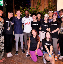 Ledley King with the Tottenham Hotspur fan club in Shanghai