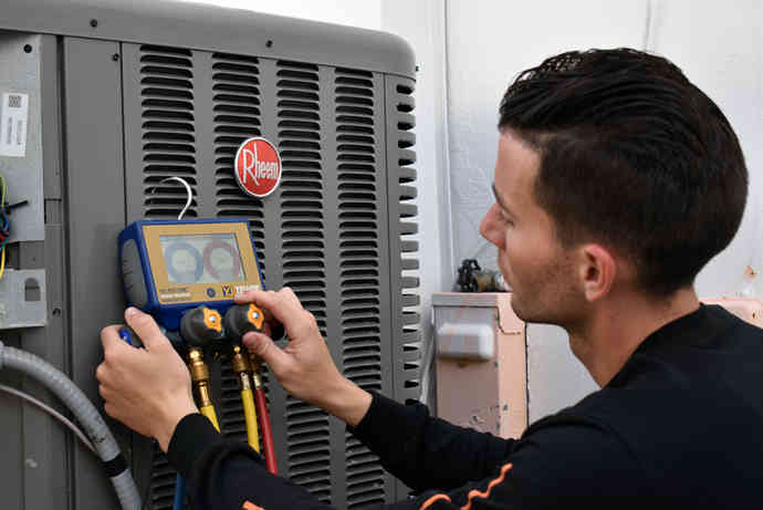 24-7 Air Conditioning Services 26.jpg