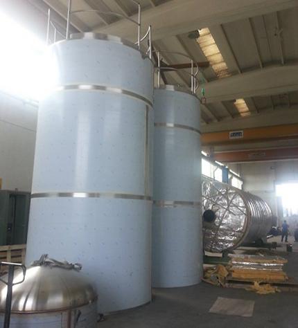 costruzione serbatoi di stoccaggio per liquidi