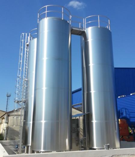 silos per lo stoccaggio di liquidi alimentari