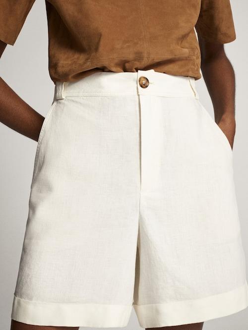 Pleated white shorts
