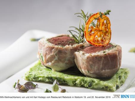 Rinderfilet im Zwiebelmantel mit Wirsing, Wurzelgemüse & Kartoffelplätzchen (BNN-Weihnachtsmenü)