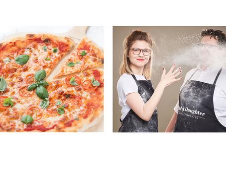 Pizza -typisch italienisch-  im Haushaltsbackofen gebacken!