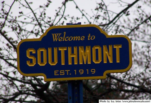 Photo of Welcome to Soutmont sign