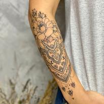 tattoomija praha mija tetovani mandala_11.jpg