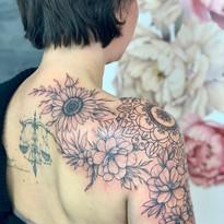 tattoomija praha taterka tetovani rostlinky_11.jpg