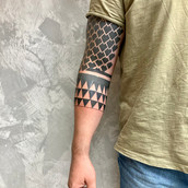 tetování černě praha salomink tattoomija18.jpg