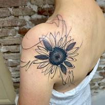 abstraktní tetování praha tattoomija5.jpg