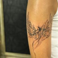 Rostlinky a ostatni tetovani TaTERKA studio Tattoo Mija Praha 10 Vrsovice (5).JPG