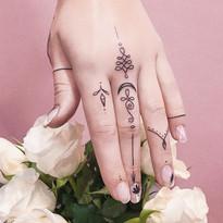 tattoomija_praha_tetovani_pink.ink_single (6).jpg