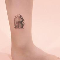 tattoomija_praha_tetovani_pink.ink_single (29).jpg