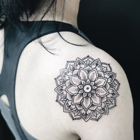 Mandala tetovani Nika Chic studio Tattoo Mija Praha 10 Vrsovice (6).JPG