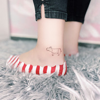 tattoomija praha pink.ink tetovani minimalistika_3.JPG