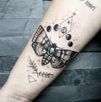 Kresby a jemnosti tetovani Niki studio Tattoo Mija Praha 10 Vrsovice (1).jpg