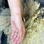 malé minimalnistické tetování praha tattoomija10.jpg
