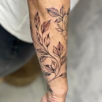 tattoomija praha mija tetovani kresba abstrakt_11.jpg