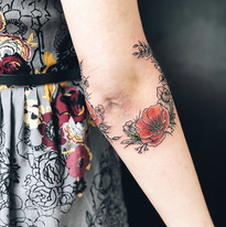 Kyticky a rostlinky tetovani Nika Chic studio Tattoo Mija Praha 10 Vrsovice (10).JPG