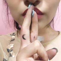 minimalisticke_tetovani_praha_tattoomija (5).jpg