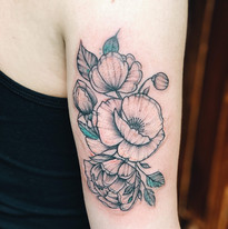 Kyticky a rostlinky tetovani Nika Chic studio Tattoo Mija Praha 10 Vrsovice (7).JPG