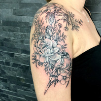 tattoomija praha kresby a abstraktni tetovani (7).jpg