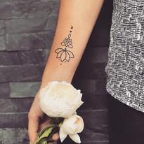 Mini a jemnosti tetovani TaTERKA studio Tattoo Mija Praha 10 Vrsovice (3).JPG