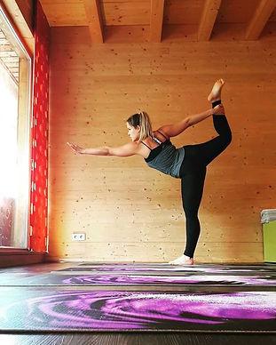 yoga mija praha 10 vinohrdy vrsovice joga tereza